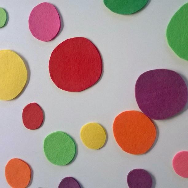 עיגולים לבד צבעוניים