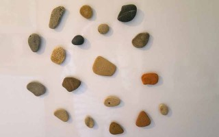 DIY – make your own refrigerator stone magnets