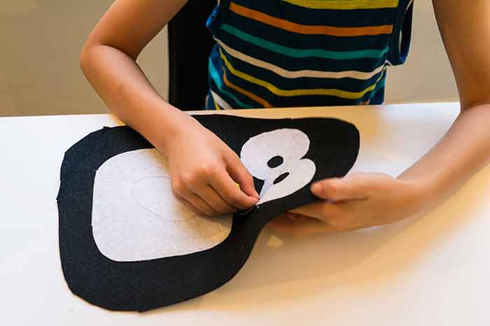 DIY-pingvin-felt-sewing