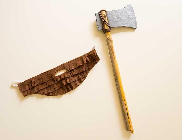 Axe-and-beard---DIY-Lumberjack-costume