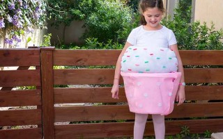 DIY Purim Costume: The Cupcake