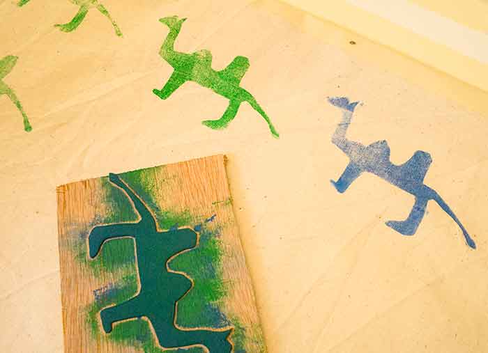 Fabric-Printing-Rubber-stamps-DIY